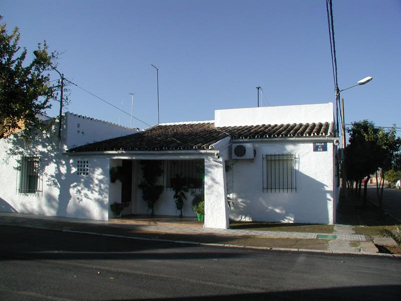 RIVERO DE POSADAS